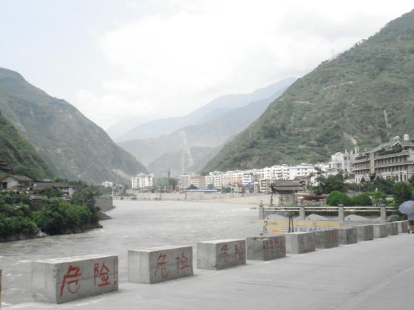 泸定县旅游景点_泸定县人口