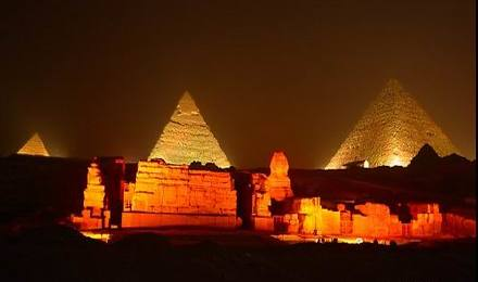 埃及吉萨金字塔1小时灯光秀(含接送)