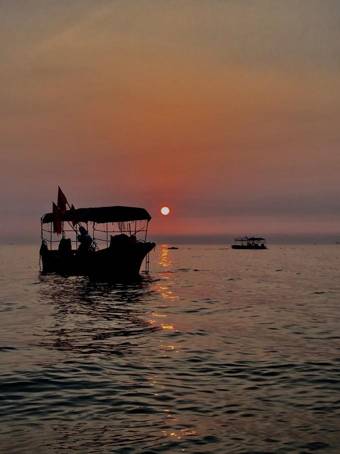 涠洲岛吃八宝粥的海岛之旅图片都是自己拿手机拍摄的!