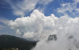 【秦岭图片】云蒸雾绕-秦岭鹿角梁