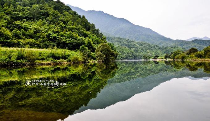 西狭颂国家4a级风景区,位于甘肃省成县县城西13公里处的鱼窍峡谷,因