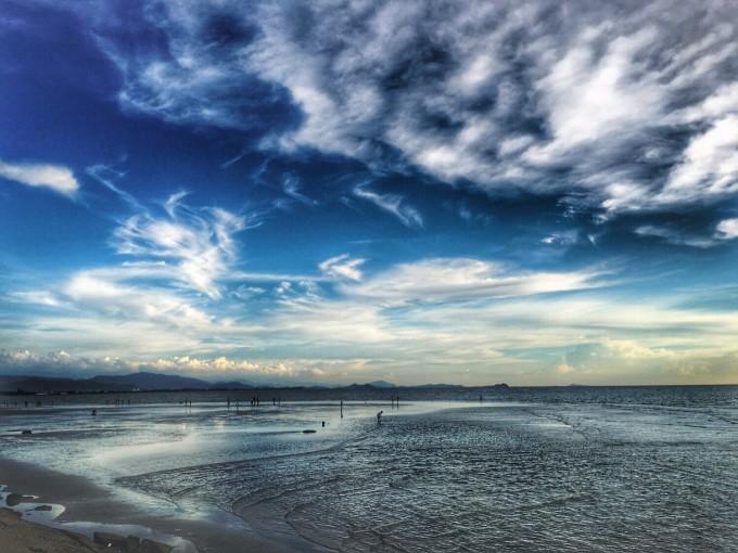 海邊一個人走風景圖片男